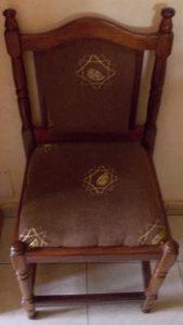 Chaise sacrée