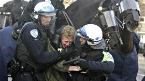 Police-Force brutale